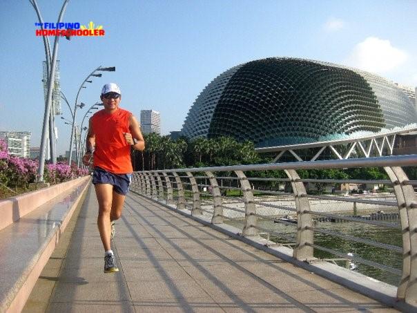running on esplanade bridge singapore